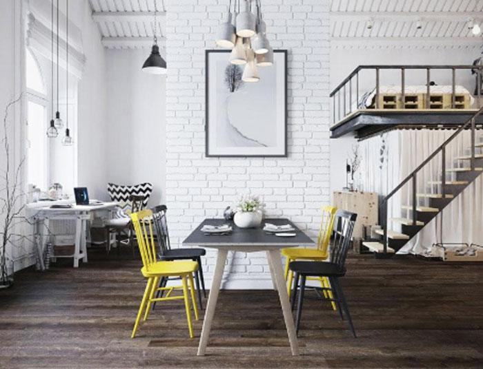 Ejemplo de salón en el que se combinan los colores de los muebles con el tono del parquet